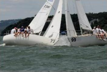 J/24's Starboard/Port Crossing!